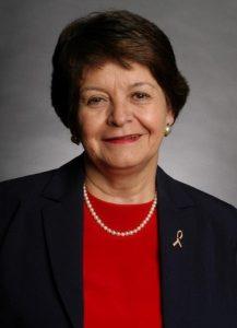 1-Dr Emma Violand-Sanchez