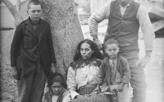 <p>A family of five unidentified Mattaponi Indians poses for a photograph by James Mooney somewhere in Virginia sometime in 1900. Courtesy of the National Anthropological Archives, Smithsonian Institution.</p>