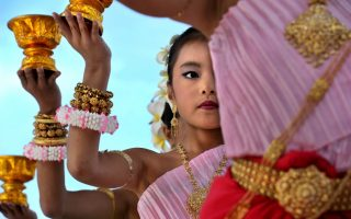 Cambodian dance troupe, Columbia Pike - Photograph courtesy © Lloyd Wolf / www.pikedoc.org
