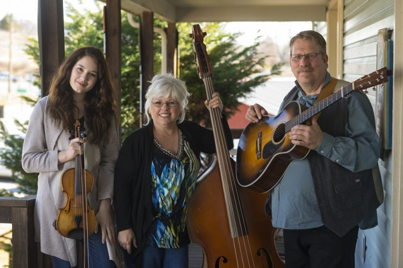 Kitty Amaral Apprenticeship with Linda Lay and Scott Freeman - Photo by Pat Jarrett/VFH Staff