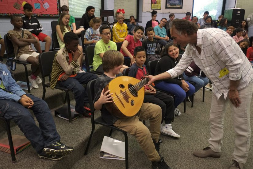 Iraqi American musician Rahim Alhaj visiting a school in Harrisonburg, VA