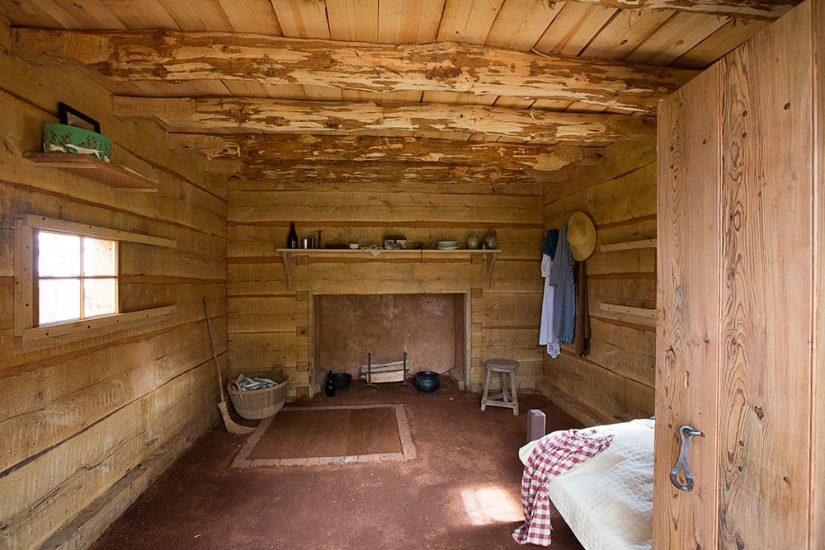 Recreation of the Hemings Cabin - Photo by Steve Ruark for Thomas Jefferson Foundation